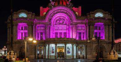 Iluminación nocturna del Palacios de Bellas Artes